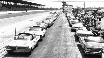 The Convertible cars made their final NASCAR appearance at the May 12, 1962, Rebel 300 at Darlington Raceway.