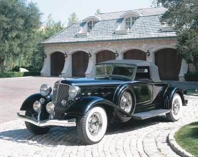 The elegant 1933 Chrysler Imperial had style and grace to spare.