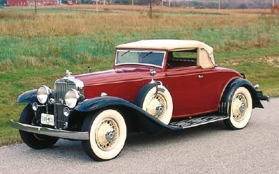 1933 Stutz SV32 convertible, similar to the 1932-1936 Stutz SV16 line of collectible cars.