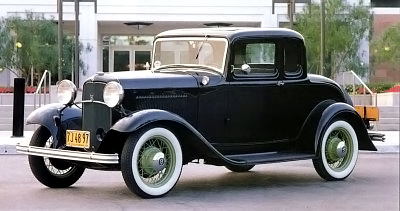 1932 Ford Model 18 coupe