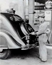 A rear view, with spare tire, of the 1934 Chrysler CU Airflow.