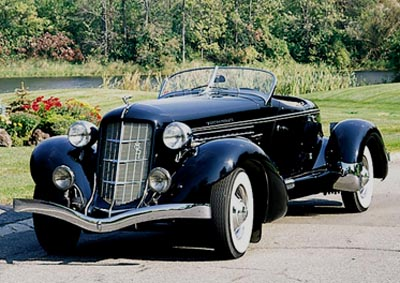 1935 Auburn Supercharged 851 front view