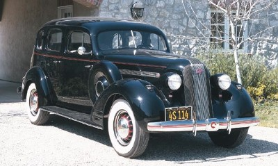The 1935 Pontiac seemed to anticipate buyer's needs post-Depression.