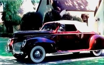 1939 Lincoln Zephyr side view