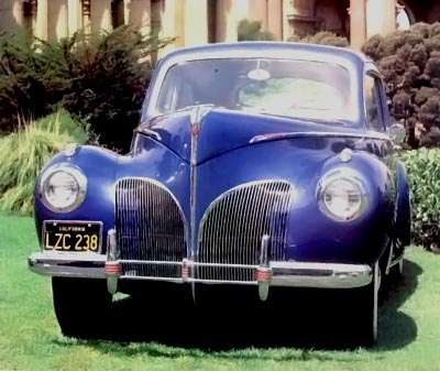 1941 Lincoln Zephyr front view