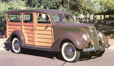 Even the 1937 Ford Model 78 station wagon carried the year's design theme.