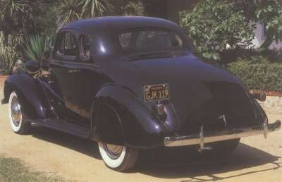 Business coupes, like this 1937 Chevrolet Master DeLuxe, had a top-hinged decklid.