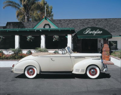 1942 Packard Six