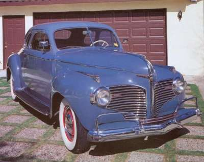 The new grill design on the 1941 Dodge incorporated the full-width look that was coming into vogue at the time.