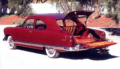 1951 Kaiser Traveler rear view