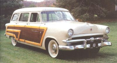 1952 Ford Country Squire front view