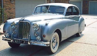 The 1952 Jaguar Mark VII sedan, part of the 1950-1957 Jaguar Mark VII/VIIM series.