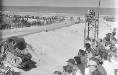 The NASCAR Grand Nationals were the featured attraction in 1952, but older model Modifieds provided excitement, here on Daytona Beach.