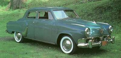 The 1952 Studebaker Commander State was powered by a 120 bhp ohv V-8 engine.