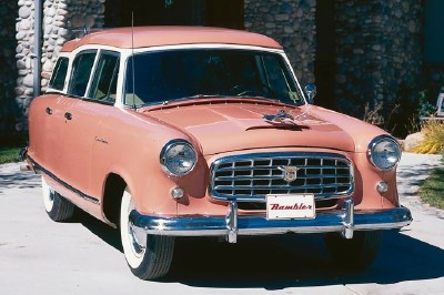 This 1955 Nash Rambler Custom Cross Country wagon was part of the 1953-55 Nash Rambler series.