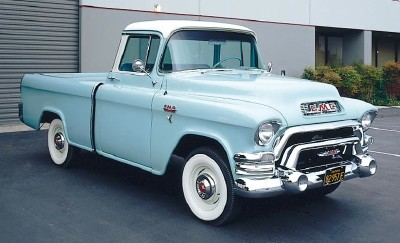 1955 GMC S-100 Suburban pickup, a big, powerful pickup truck