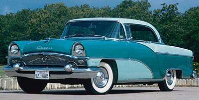 This 1955 Packard Clipper Custom Constellation hardtop coupe was part of the 1955 Packard Custom Clipper Constellation series.