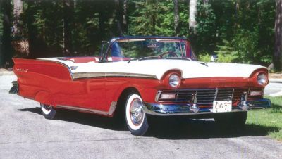 1957 Ford Fairlane 500 Skyliner full view