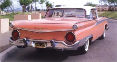 1959 Ford Fairlane 500 Skyliner rear view