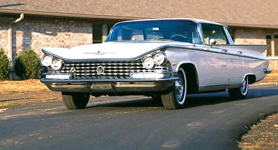 1959 Buick Electra hardtop sedan, part of the 1959-1960 Buick Electra & Invicta 2-Doors line of collectible cars