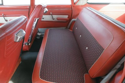 Some 1960 Valiant models had two rows of seats, while others had a third row that faced backward.