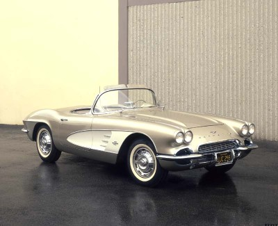 1961 Corvette sales rose to nearly 11,000 for the model year.