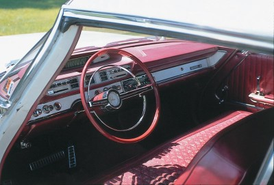 Only Custom Dodge 880s were available with red interiors.