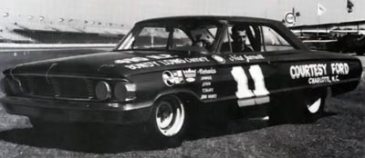 Ned Jarrett in his 1964 at Daytona.