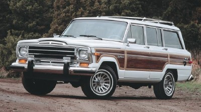 Though it was near the end of the line, the 1990 Jeep Wagoneer continued to impress.