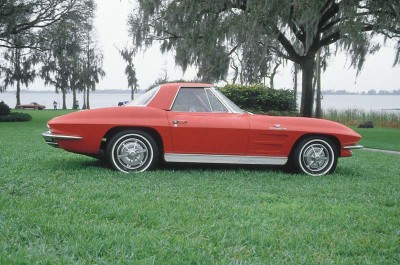 The 1963 Corvette Sting Ray debuted with a trimmer 98-inch wheelbase and first-time all-independent suspension.