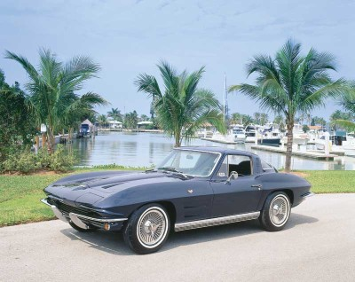 Horsepower swelled to 365 on the top carbureted engine of the 1964 Corvette, and to 375 for the