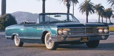 The $3,325 1965 Buick LeSabre Custom convertible enticed 6,543 customers.