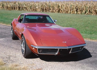 1968 Corvette engines were a rerun of '67, including big-block 427s offering 390, 400, and 435 bhp.