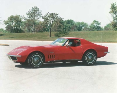 Besides many detail improvements for the 1969 Corvette, the Shark became a Stingray.