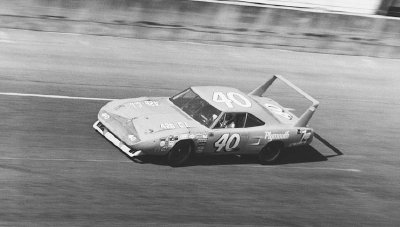 Pete Hamilton was hired by Petty Enterprises to campaign the #40 Superbird in major 1970 NASCAR events.