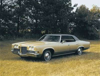 The 1971 Pontiac was redesigned inside and out.