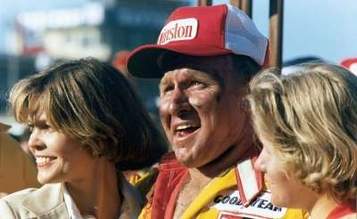 1976 NASCAR Winston Cup Grand National Champion Cale Yarborough