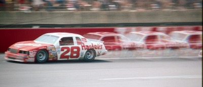 Cale Yarborough and his Ranier Racing team switched from General Motors pro­ducts to Fords in 1985.