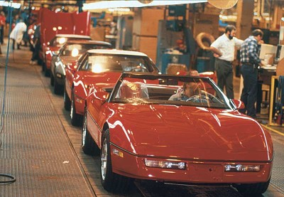 The first Corvette convertibles in 11 years left the Bowling Green assembly line starting in early 1986.