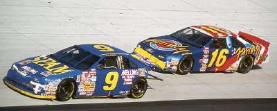 Lake Speed and Ted Musgrave compete in the 1995 MBNA 500, a NASCAR Winston Cup series event.
