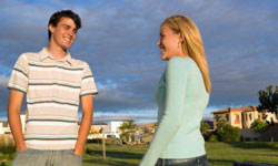 5 Ways You Can Tell If a Girl Likes You | HowStuffWorks