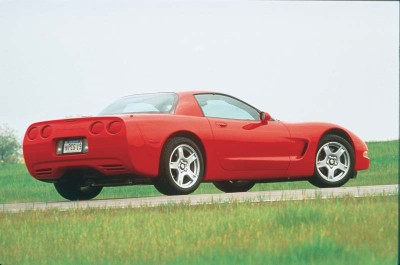 The performance-oriented 1999 Corvette notchback hardtop coupe came only with the Z51 suspension and six-speed manual transmission.
