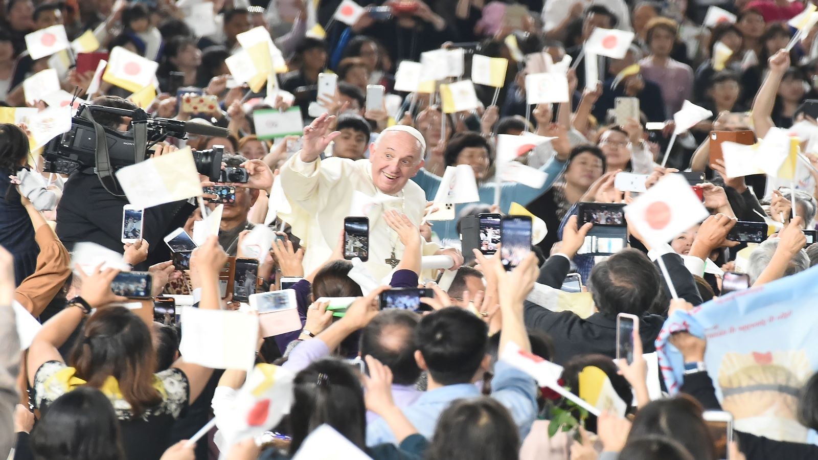 Pope to List Nuclear Weapons as Immoral After Visiting Japan