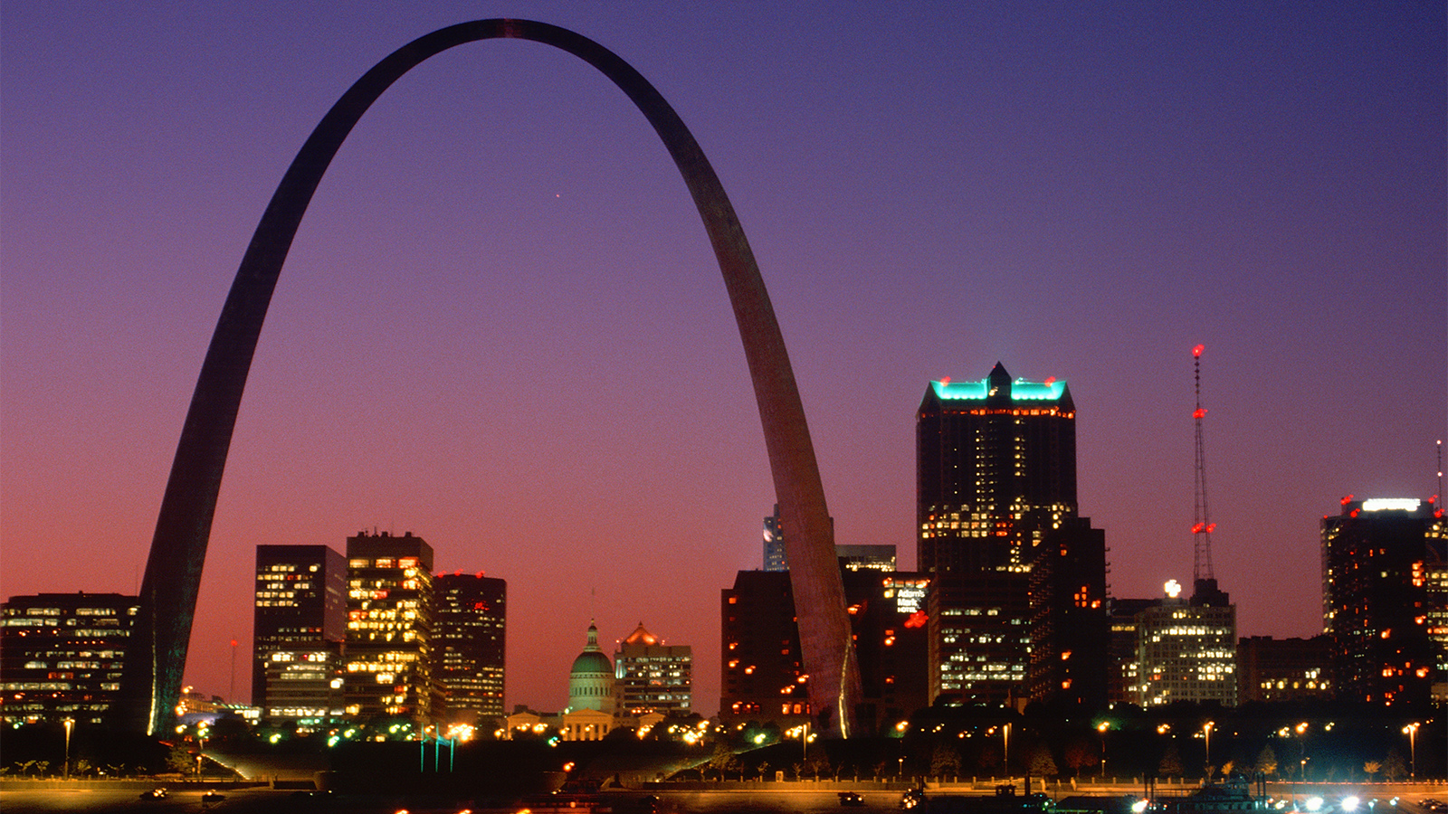 How Eero Saarinen Dreamed Up the St. Louis Arch
