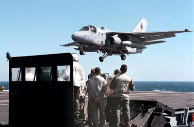The Tailhook and Landing on an Aircraft Carrier | HowStuffWorks