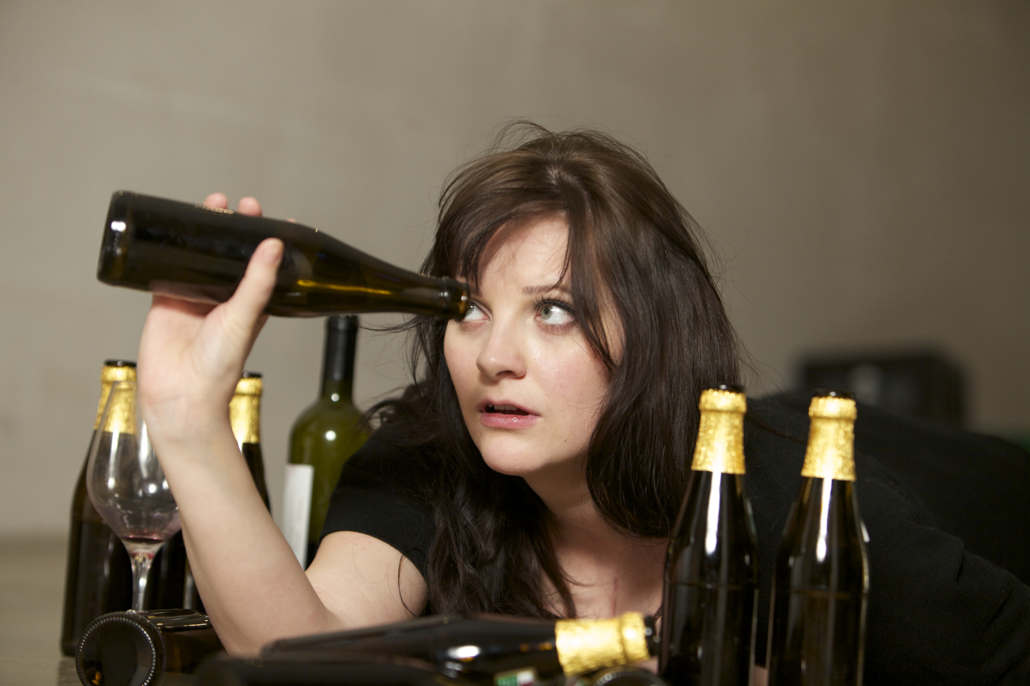 Кошечки, картинки с приколами девушки пьют