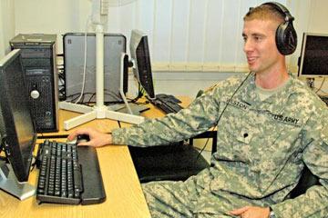 Was macht ein kryptologischer Linguist in der Armee?