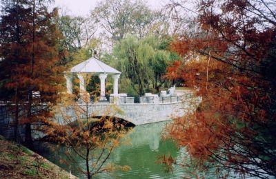 Piedmont Park is Atlanta's equivalent to New York's Central Park.