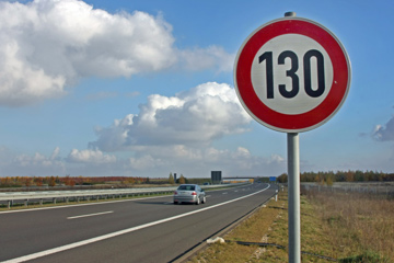 Autobahn's Rules of the Road - Autobahn Rules | HowStuffWorks