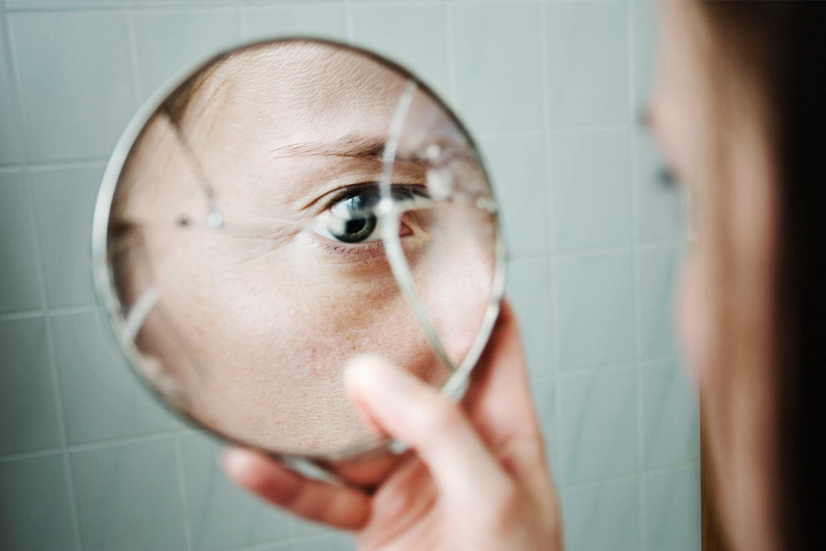 Why Is It Bad Luck To Break A Mirror Howstuffworks